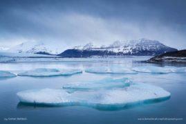 Icebergs in Iceland's Jökulsárlón glacial lagoon